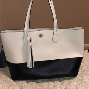 Tory Burch  large shoulder bag